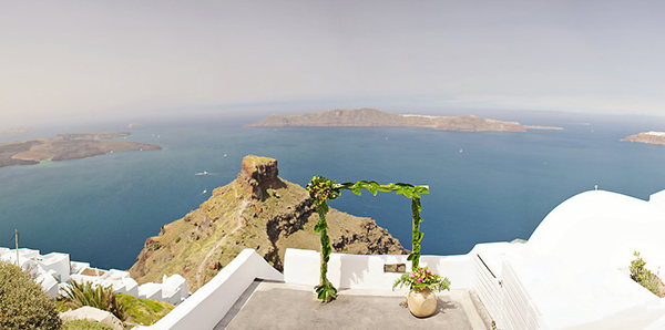 tropical-colorful-wedding-santorini-7