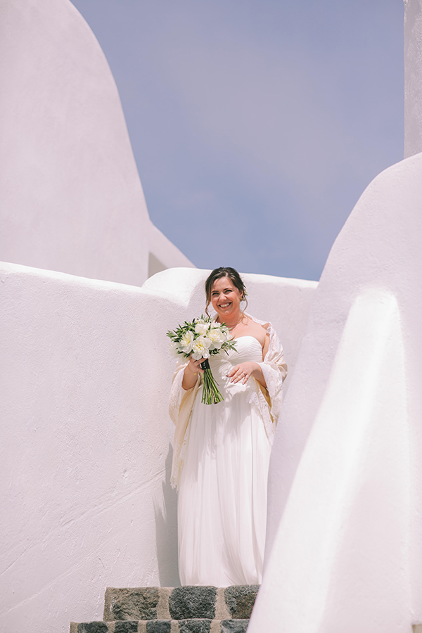 beautiful-destination-wedding-in-santorini-_15
