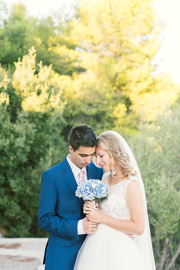beautiful-wedding-hydrangeas-12x-1