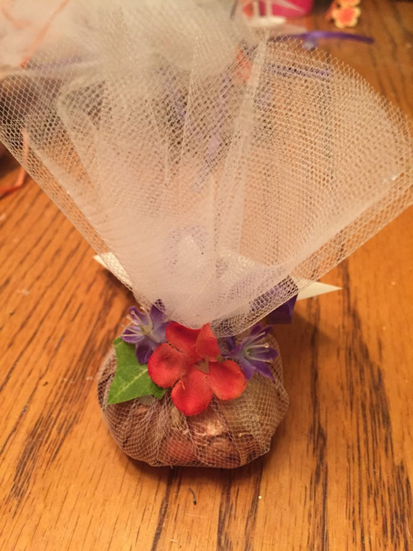 Flower Bulb Tulle Wedding Favors