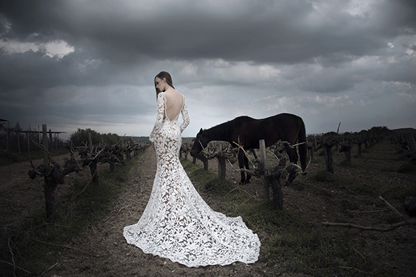 gorgeous-wedding-dresses-gregory-morfi-1