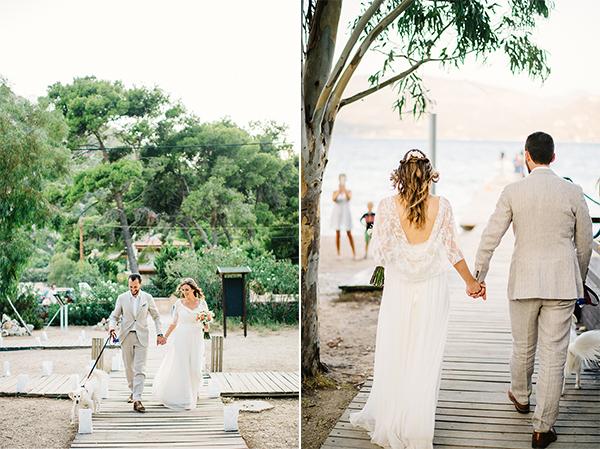 unique-wedding-right-beach-21Α-2