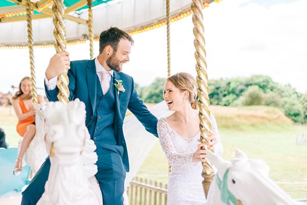 beautiful-rustic-barn-wedding-1