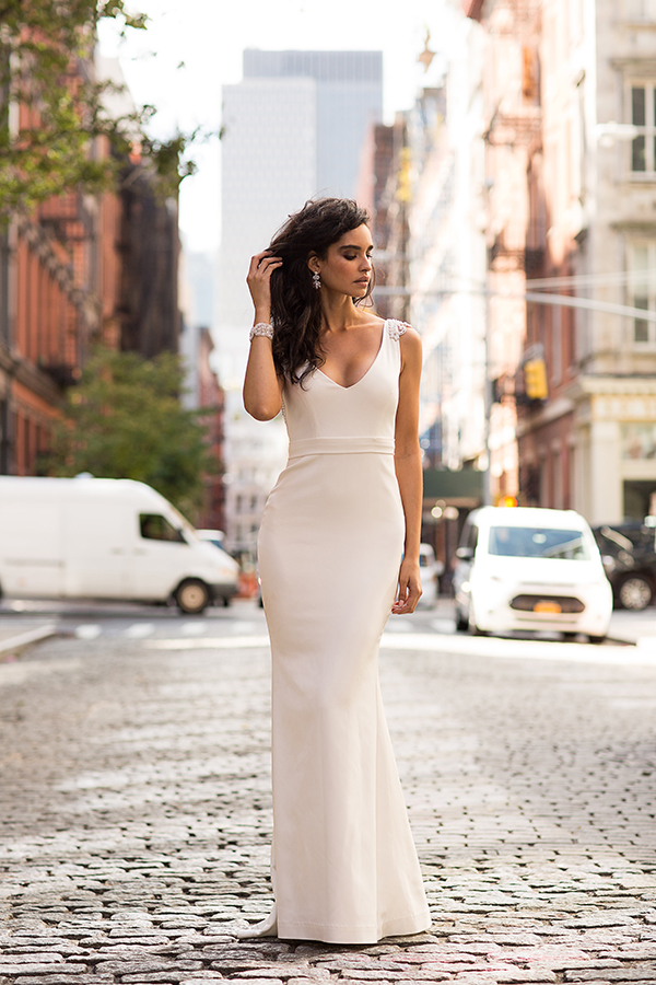 modern-romantic-bridal-collection-anna-campbell-8