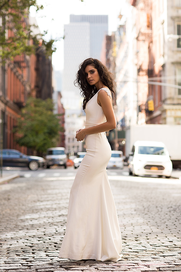 modern-romantic-bridal-collection-anna-campbell-9