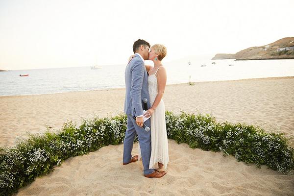 natural-beach-wedding-Greece-21
