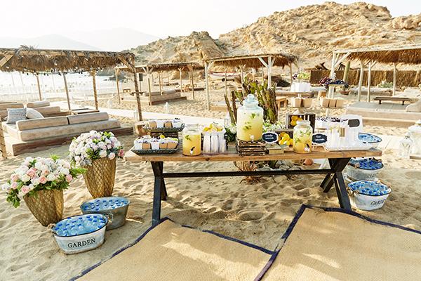 romantic-elegant-wedding-on-the-beach-18