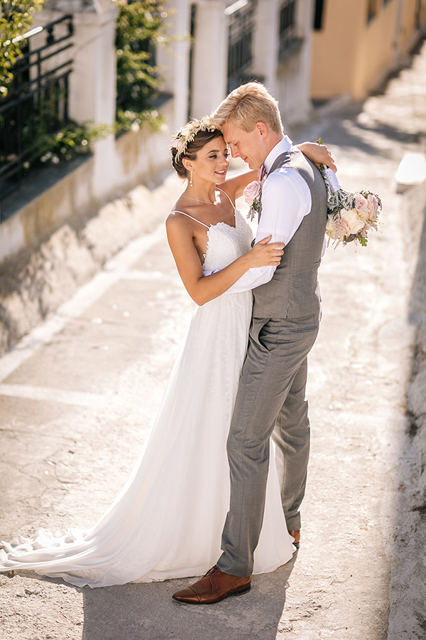 gorgeous-wedding-santorini-3