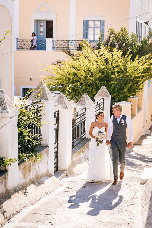 gorgeous-wedding-santorini-5