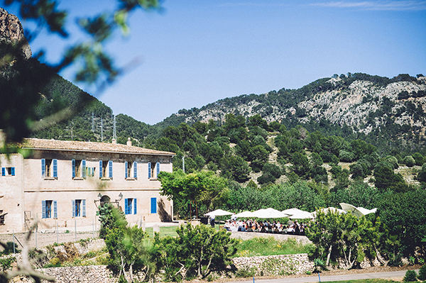 intimate-wedding-inspired-mediterranean-flair-11