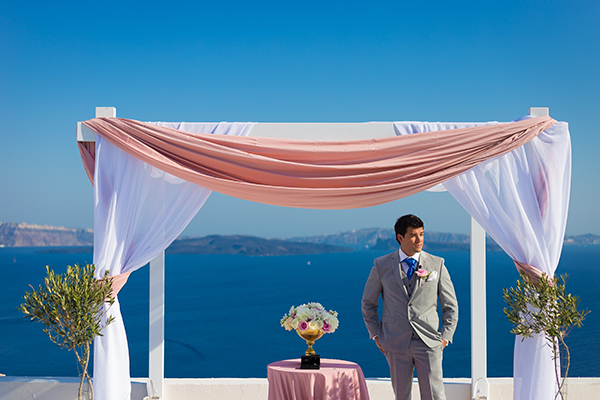 pink-and-gold-wedding-in-santorini-21