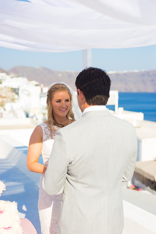 pink-and-gold-wedding-in-santorini-24