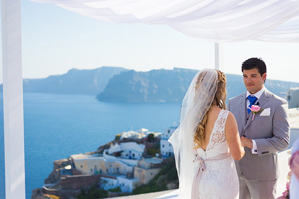 pink-and-gold-wedding-in-santorini-25