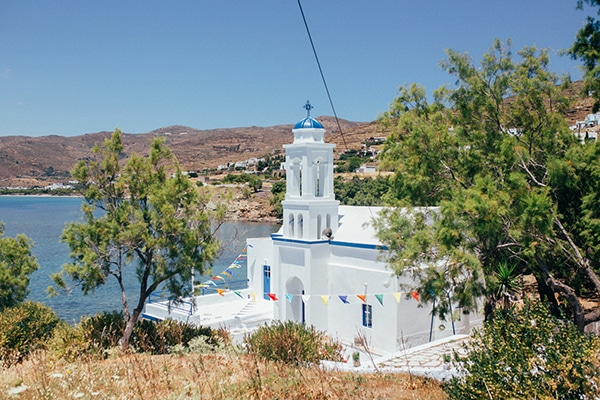 bright-gorgeous-wedding-tinos-island_09.