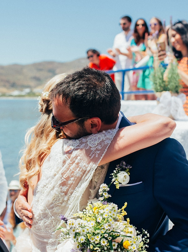 bright-gorgeous-wedding-tinos-island_12.
