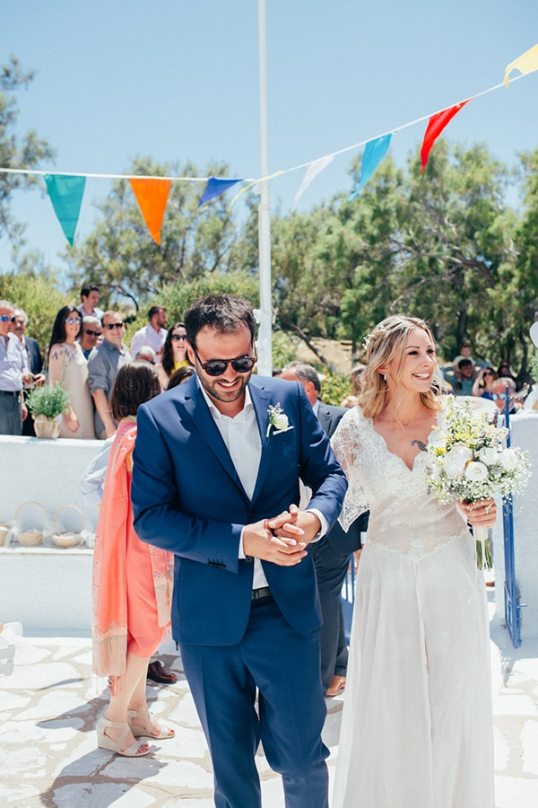 bright-gorgeous-wedding-tinos-island_13.