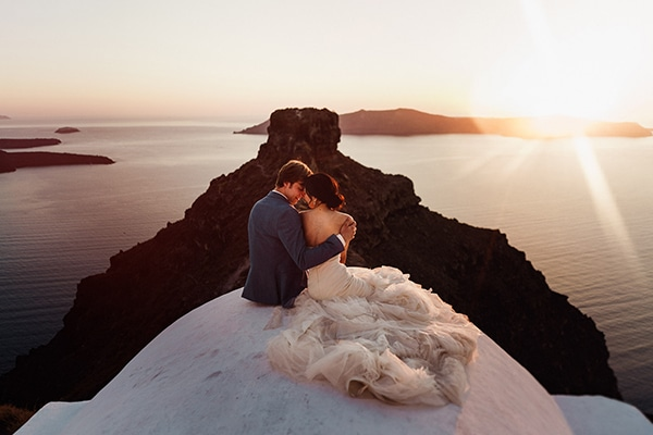 romantic-intimate-wedding-santorini-_21.