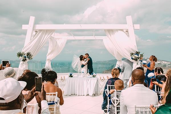 royal-blue-wedding-santorini_15.