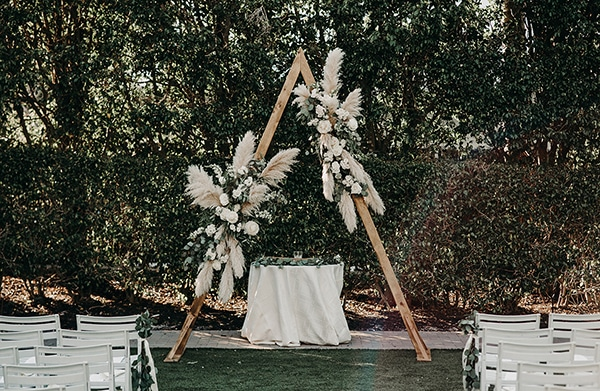 gorgeous-green-white-boho-wedding_20.