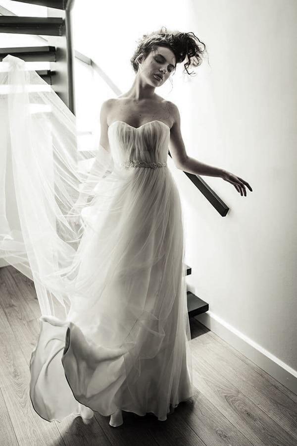 modern-wedding-dresses-alexia-kirmitsi-01