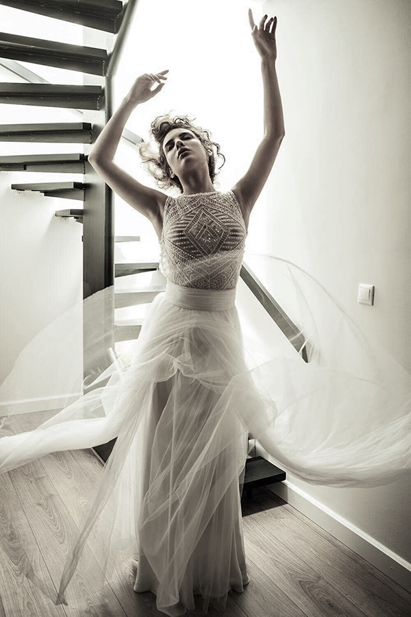 modern-wedding-dresses-alexia-kirmitsi-04