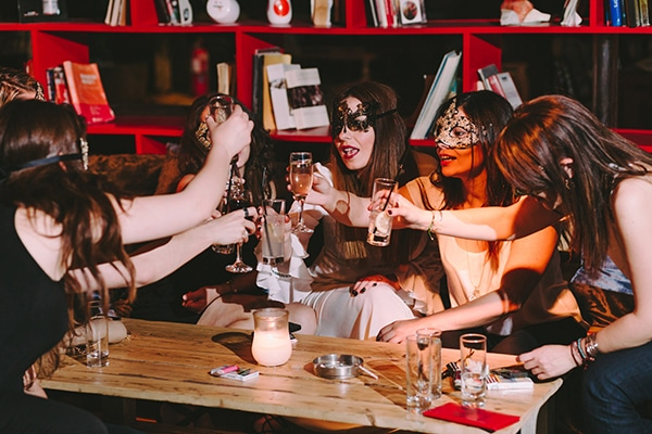plan-best-bachelorette-party-ever-08