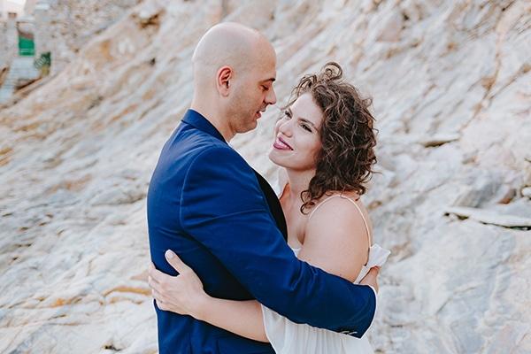 simple chic wedding blue white purple shades-02b