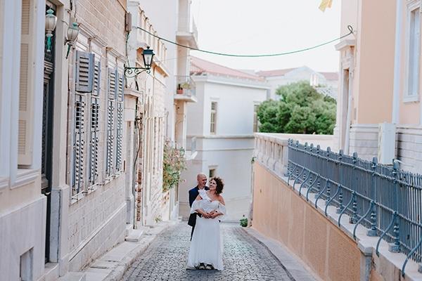 simple chic wedding blue white purple shades-03