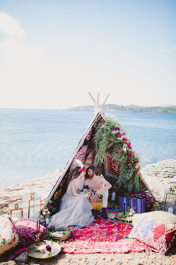 boho-indian-styled-shoot-on-beach_05
