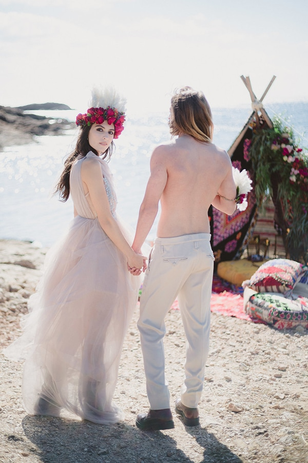 boho-indian-styled-shoot-on-beach_08
