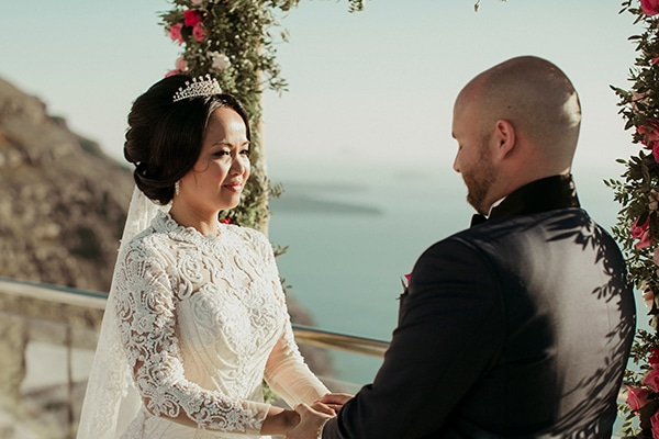 elegant-destination-wedding-santorini_09
