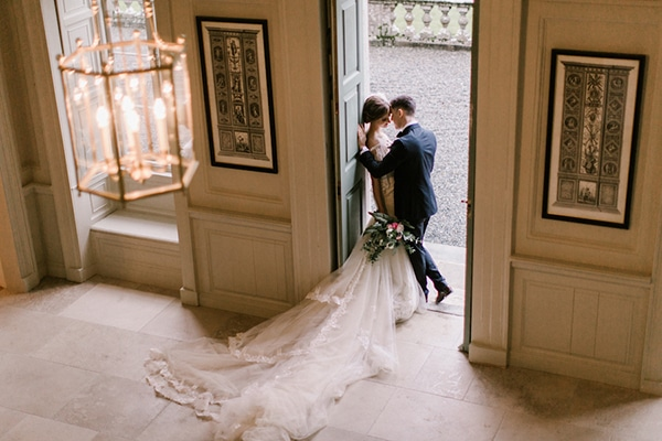 fairytale-styled-shoot-300-year-old-house_09