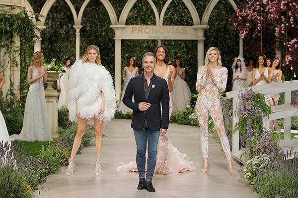 impressive-bridal-fashion-show-that-mesmerize-us-pronovias-barcelona_18