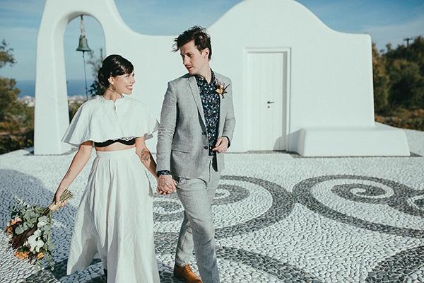 modern-romantic-elopement-santorini-_04