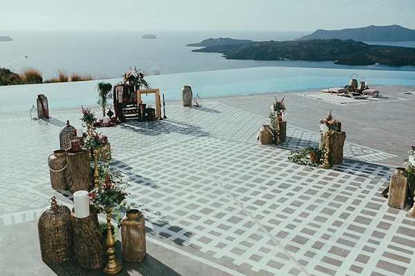 modern-romantic-elopement-santorini-_13