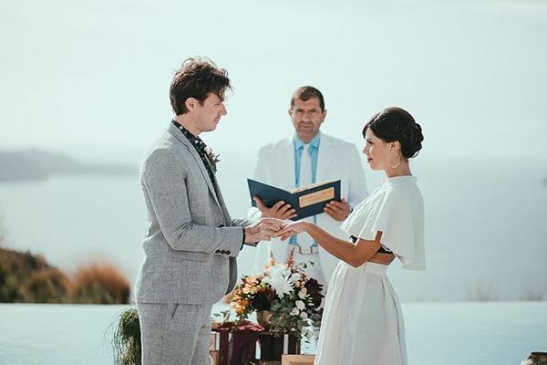 modern-romantic-elopement-santorini-_17