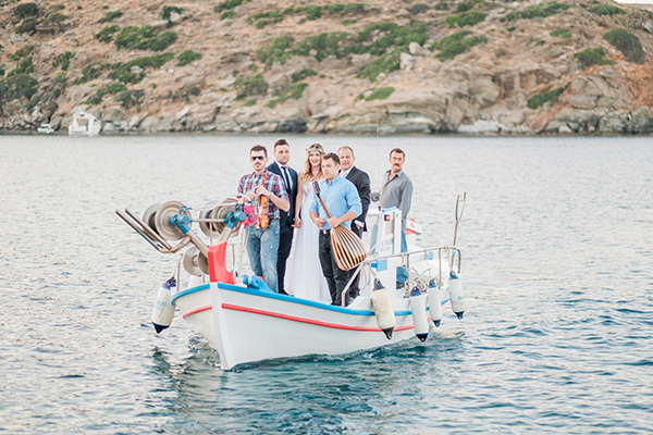 beautiful-summer-wedding-sifnos_16