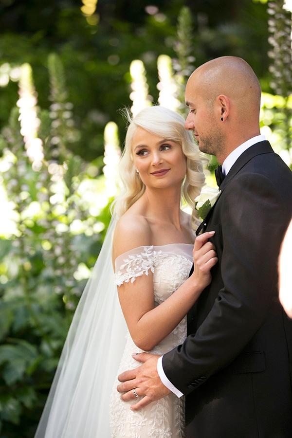 classic-elegant-wedding-white-flowers_32