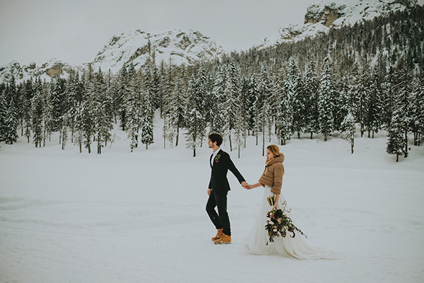 dreamy-elopement-woods_23