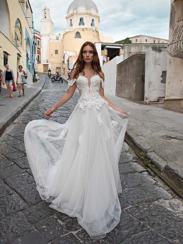glam-enchanting-wedding-dresses-seduction-collection-maison-signore_03