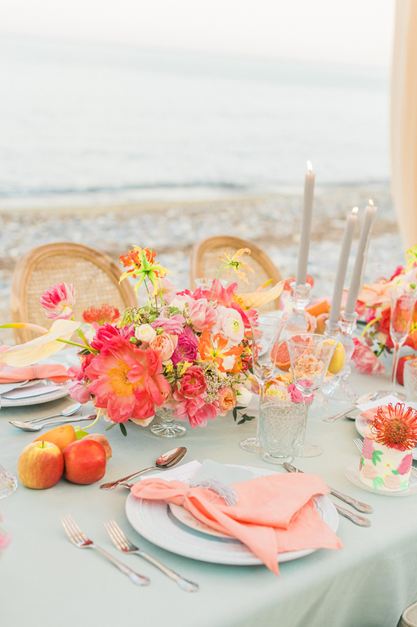 gorgeous-inspiration-shoot-bright-colours-cyprus_04