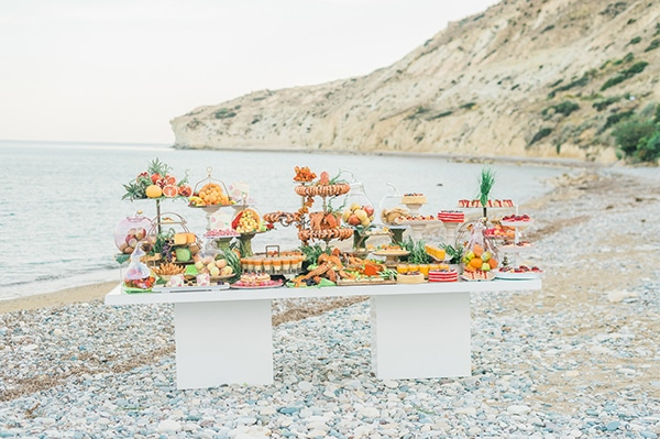 gorgeous-inspiration-shoot-bright-colours-cyprus_19