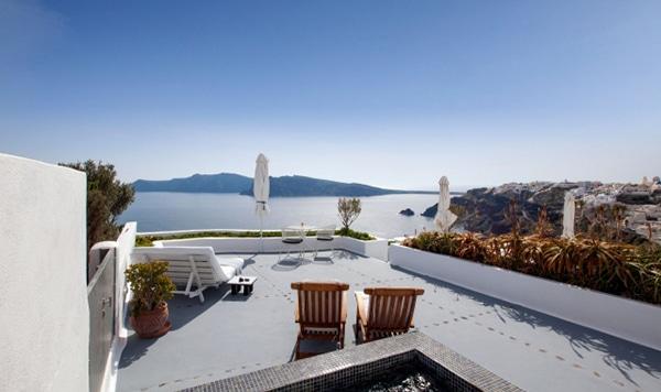 honeymoon-in-santorini-greece_01