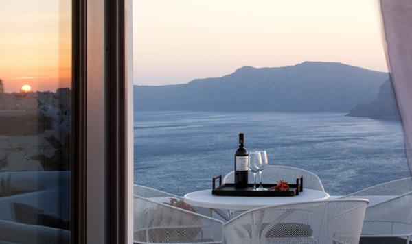 honeymoon-in-santorini-greece_05