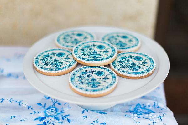 royal-blue-stylish-shoot-14