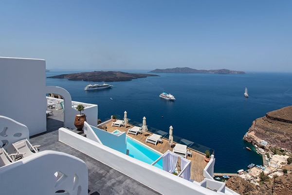 unforgettable-honeymoon-santorini_02