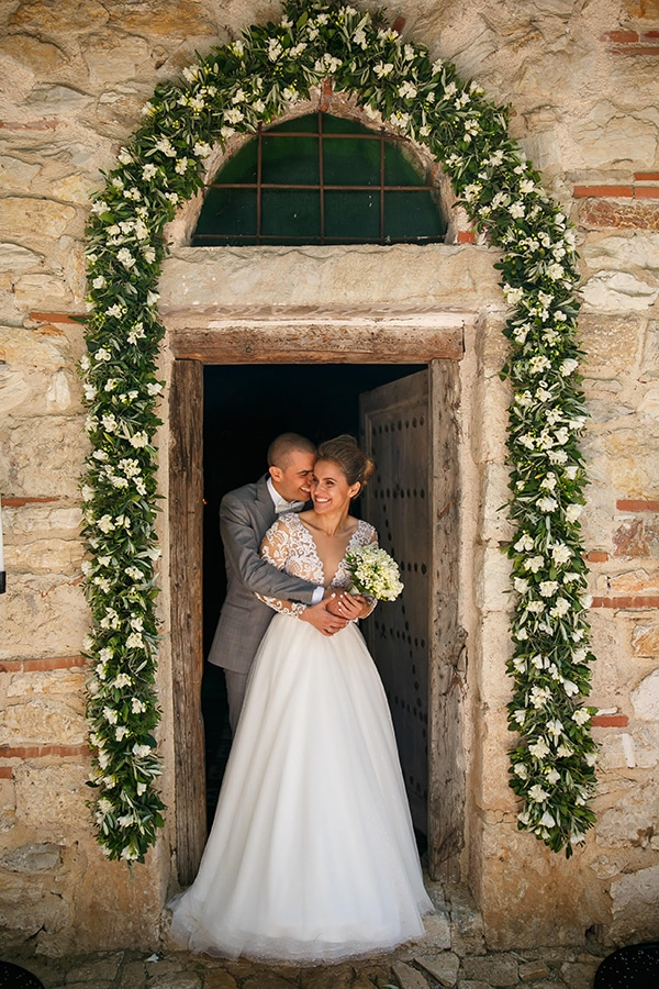 beautiful-rustic-wedding-olive-branches_16