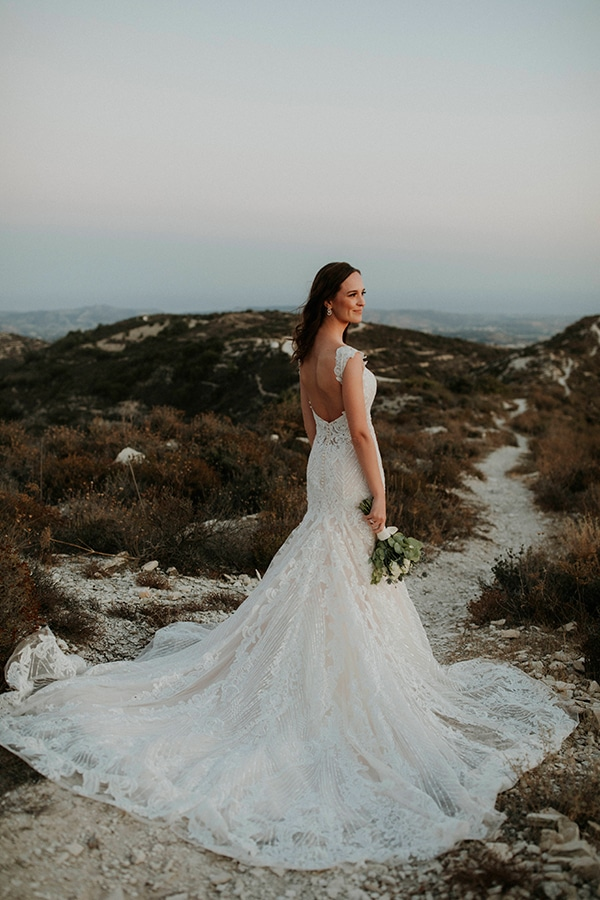 beautiful-white-green-hues-wedding-cyprus_05
