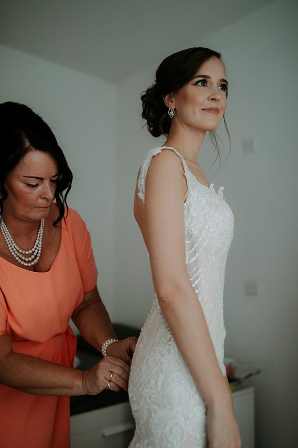 beautiful-white-green-hues-wedding-cyprus_11