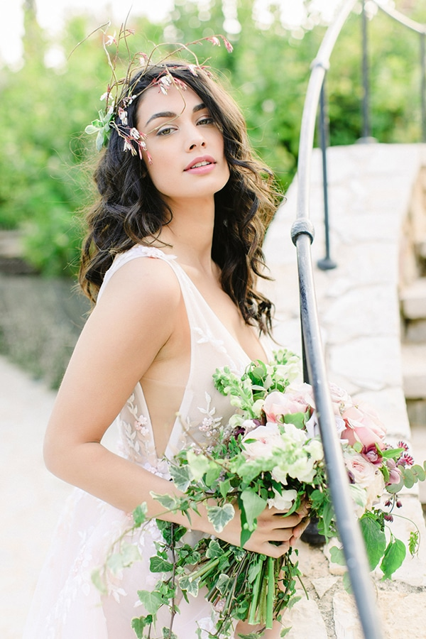 dreamy-styled-shoot-soft-pink-hues_01